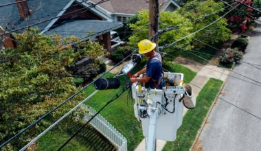 How to Become an Electrician in Florida