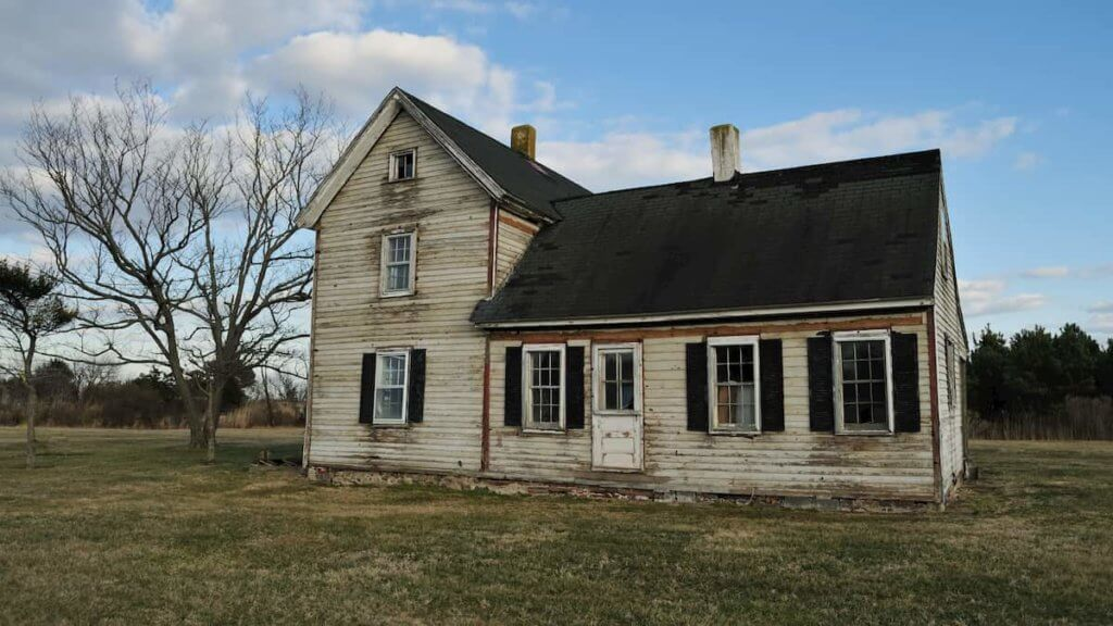 Selling a house in poor condition is both possibility and relief