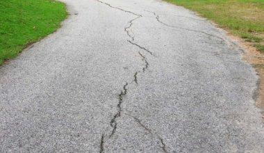 how to fix crumbling asphalt driveway