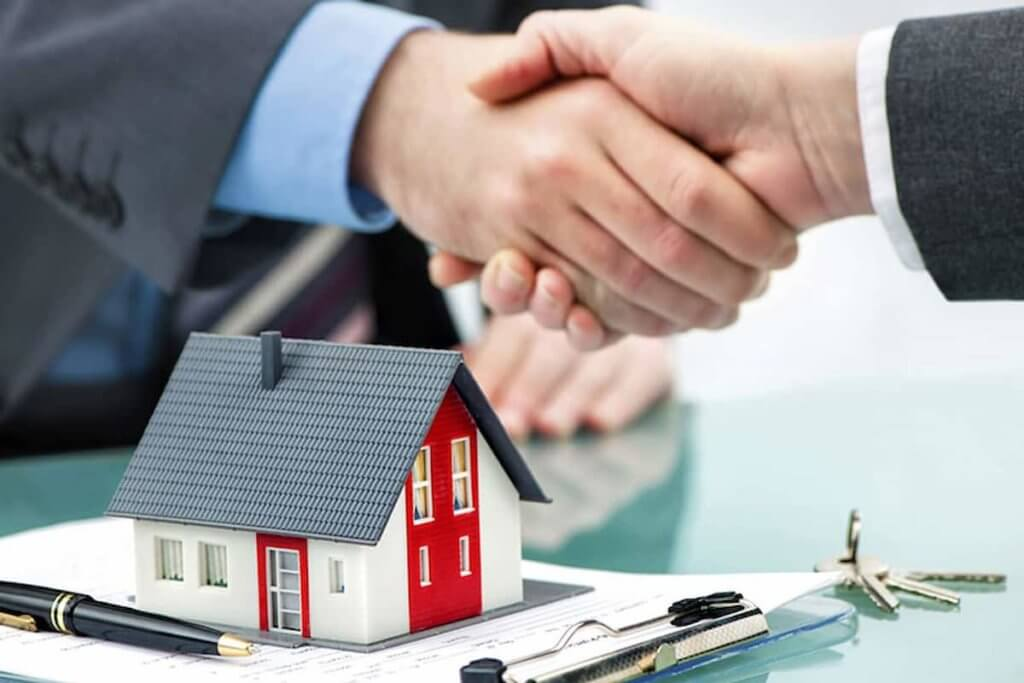 Pros and cons of private mortgage lending