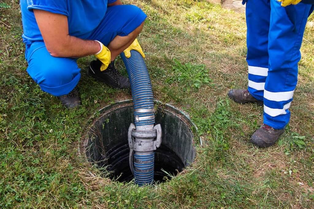 Commercial Septic Tank Cleaning Tips