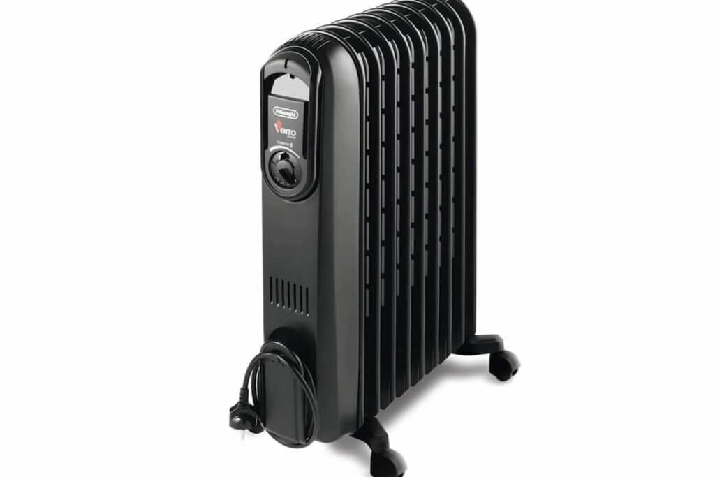 DeLonghi oil-filled radiator space heater