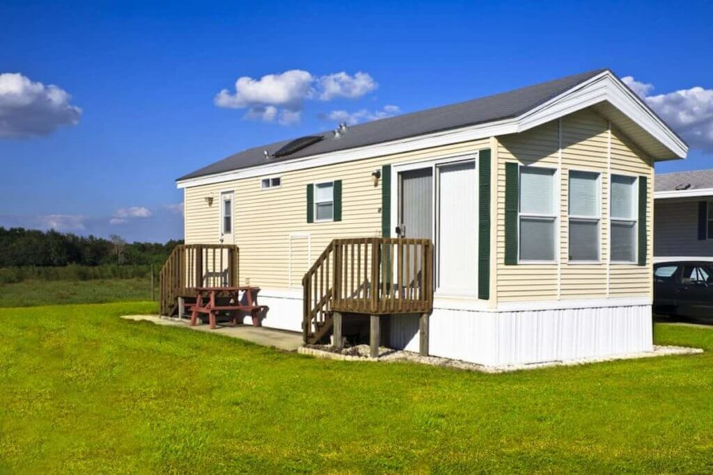How to find used single wide mobile homes for sale near me
