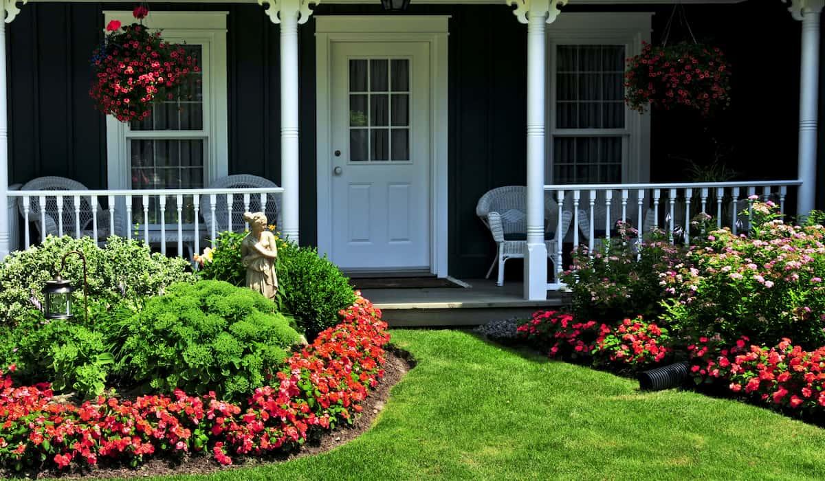 choosing landscaping companies