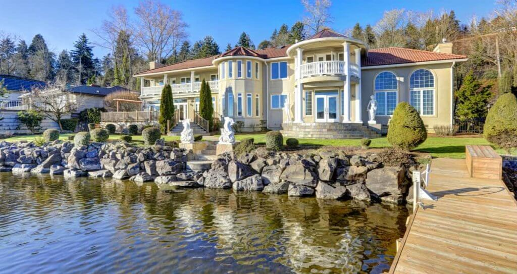 What To Know Before You Buy A Lakefront Property