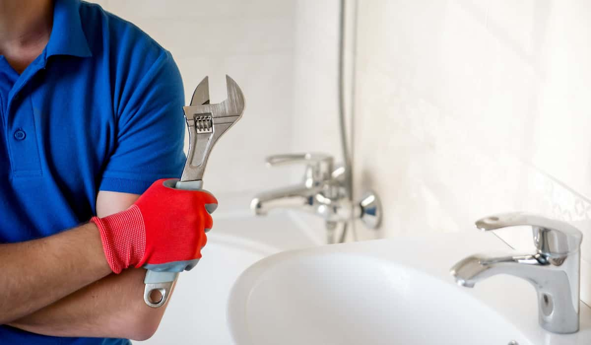 home plumbing maintenance